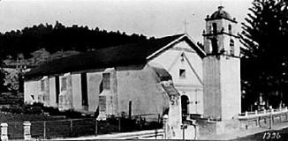Mission San Buenaventura circa 1900.
